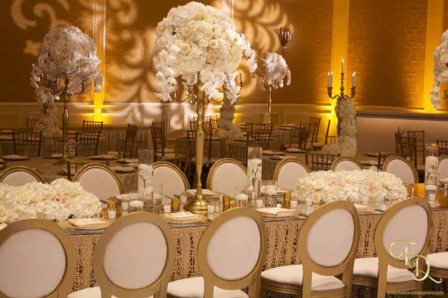 Wedding-Decor-florals-white-gold