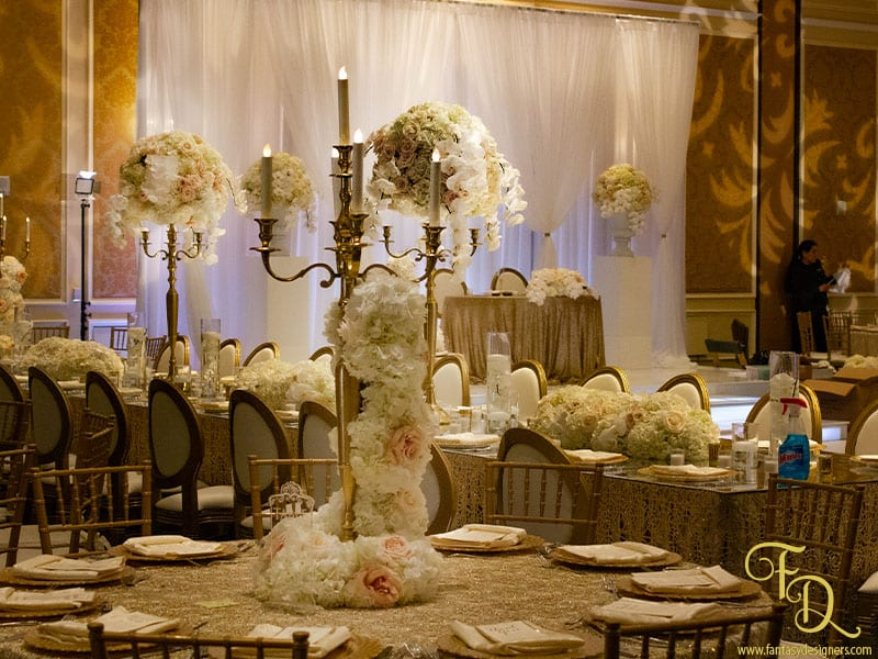 wedding-decorations-ritz-carlton roses hydrangeas
