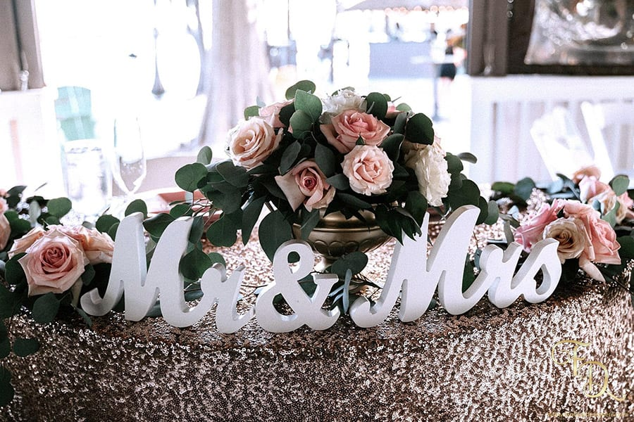 Mr.-and-Mrs.-wedding-table-decor