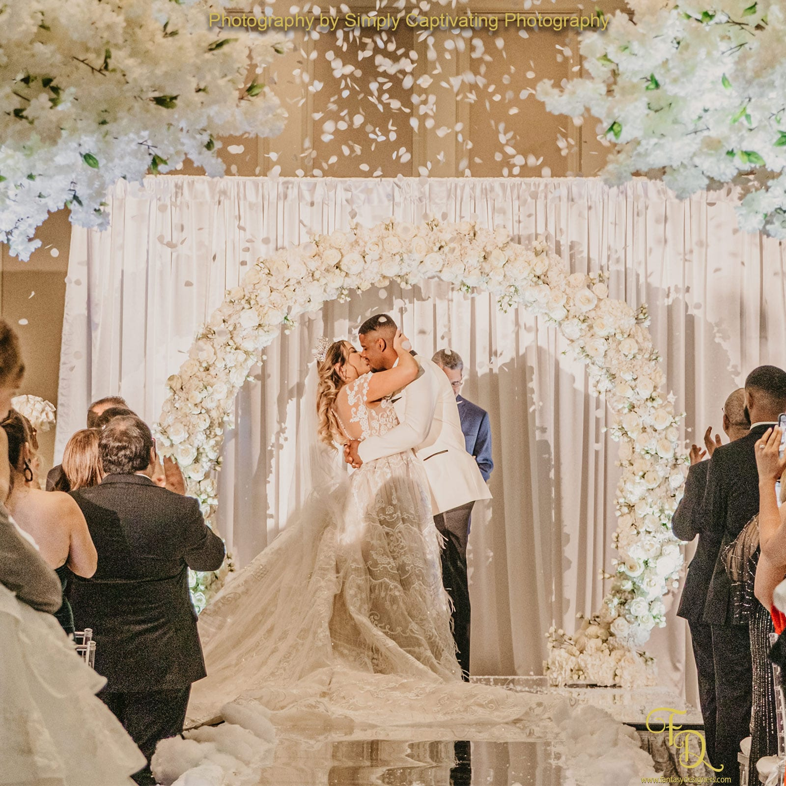 wedding-decorations-miami-winter-wonderland-ceremony--white